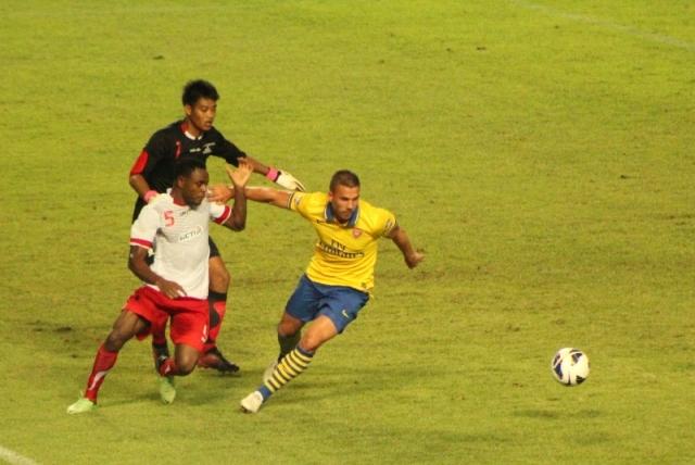#ArsenalTour2013 @vinabutarbutar (10)