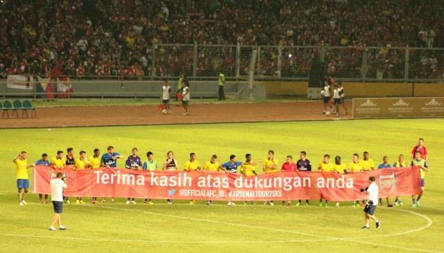 #ArsenalTour2013 @vinabutarbutar (12)